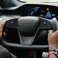 No habrá volante redondo para los nuevos Tesla Model S y Model X, palabra de Elon Musk