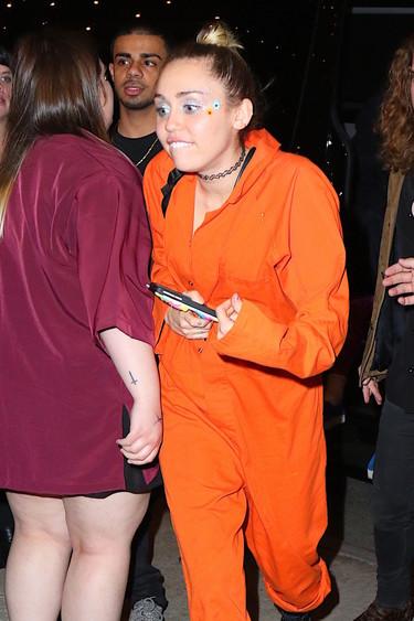 Miley Cyrus tiene nuevo trabajo, entregar bombonas de butano en Nueva York es su nueva ocupación
