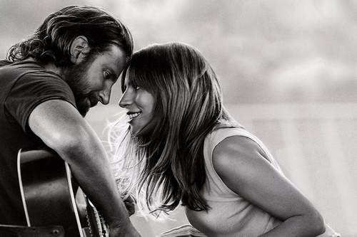 'Ha nacido una estrella': Bradley Cooper actualiza la gran tragedia americana con sorprendente soltura y una fantástica Lady Gaga