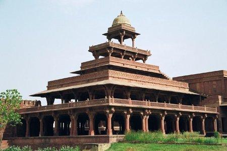 El Panch Mahal de Fatehpur Sikri en la India