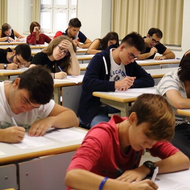 """Repetir curso será ahora más difícil: por qué Educación cambia del número de suspensos a la """"decisión colegiada"""""""