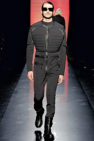 Foto de Jean Paul Gaultier Otoño-Invierno 2011/2012 en la Semana de la Moda de Paris (24/40)
