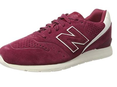Por 48,55 euros  podemos hacernos con las zapatillas deportivas New Balance 996 Leather en Amazon