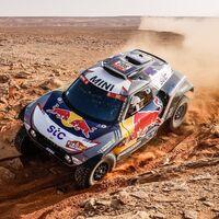 Stéphane Peterhansel encarrila su decimocuarto Dakar y Carlos Sainz pierde todas sus opciones de victoria