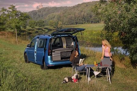 Volkswagen Caddy California 1