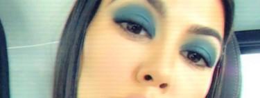 A vueltas con el azul, las sombras de Kourtney Kardashian se vuelven virales en Instagram