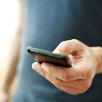 De la oficina del INEM al móvil: la búsqueda de empleo se muda al smartphone