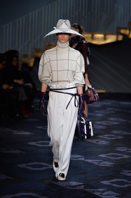 """Segundo desfile de Alessandra Facchineti para Tod's, ¡pura sofisticación """"Made in Italy""""!"""