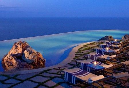 monastero-santa-rosa-amalfi-piscina.jpg