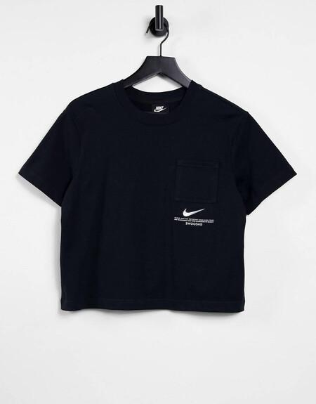 Camiseta Negra Extragrande Con Logo De Nike
