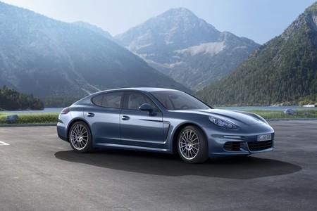 Porsche Panamera Diesel 2014: ahora, con 300 caballos y PTV+