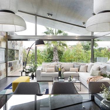 """Egue y Seta firman el interiorismo de esta casa en la que se vive en """"modo verano""""  todo el año"""