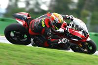 Xavi Forés se lleva el título del alemán de Superbike