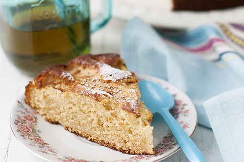 Bizcocho de compota de manzana: receta con Thermomix para un desayuno o merienda de cine