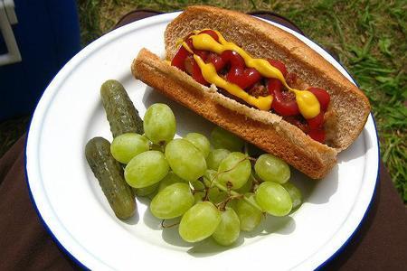http://www.directoalpaladar.com/cultura-gastronomica/normas-basicas-que-garantizan-la-seguridad-de-los-alimentos