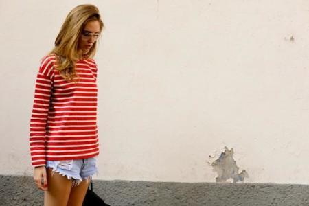 Termina tu verano con una camiseta a rayas