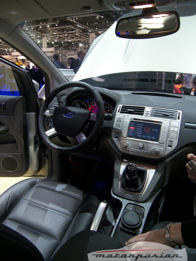 Foto de Ford Kuga en el Salón de Ginebra (14/20)