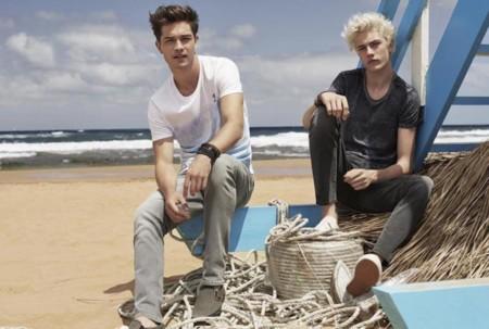 Mavi presenta su campaña de verano con Lucky Blue y Francisco Lachowski como protagonistas