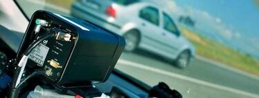 La DGT multa a menos conductores en 2020: la velocidad y el móvil siguen copando denuncias