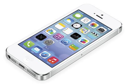 iOS 7; Apple lo actualiza para atender fallas, salen otras