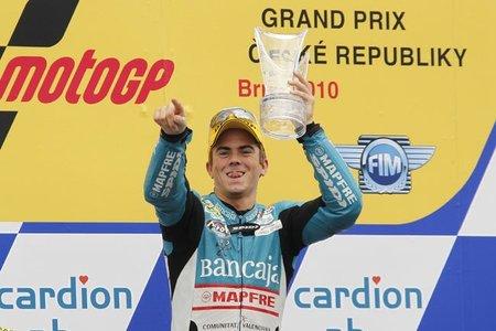 MotoGP República Checa 2010: Nico Terol arrasa y se aprieta de nuevo el campeonato en 125