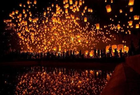 yeepeng-festival-in-chiangmai-thailand.jpg