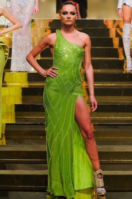 Atelier Versace 2012: la alta costura más futurista y ácida
