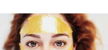 Blanca Suárez se une a la fiebre de las mascarillas de oro. Te desvelamos todos los secretos
