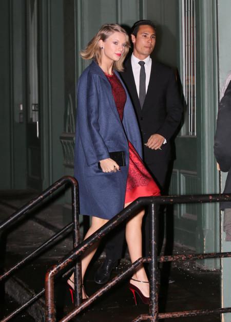Taylor Swift Abrigo Look