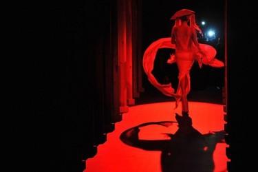 Retrato de una lady.....Gaga en el desfile de Thierry Mugler