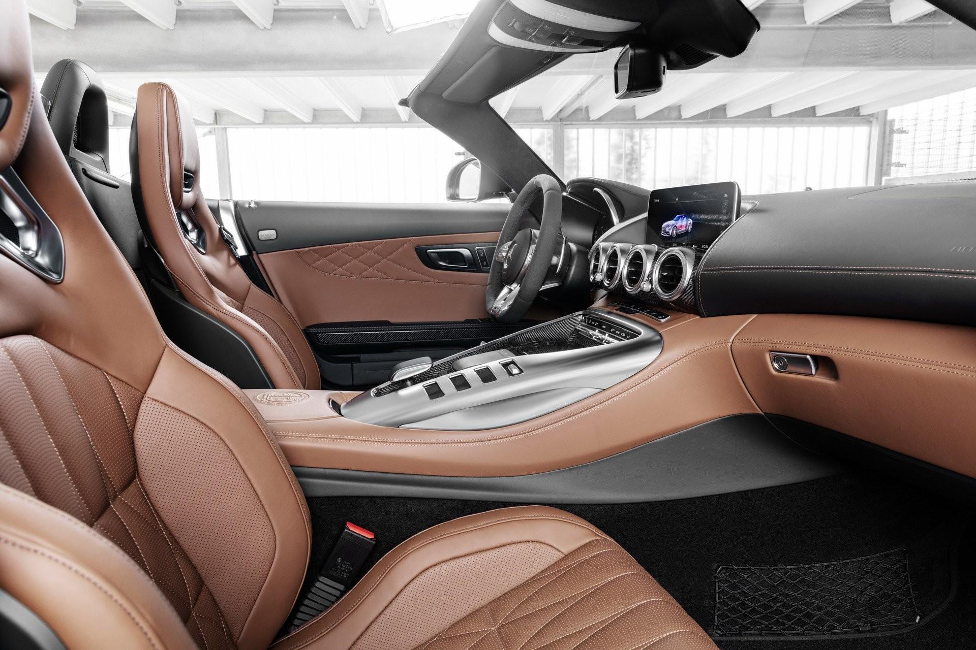 Foto de Mercedes-AMG GT 2020 (28/44)