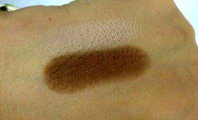 Truco de maquillaje: cómo suavizar las sombras oscuras