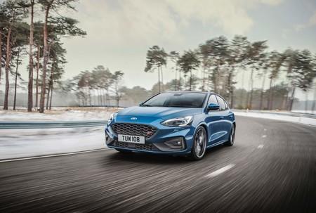 El Ford Focus ST 2020 ahora tiene 280 hp y una impresionante sinfonía de asistencias