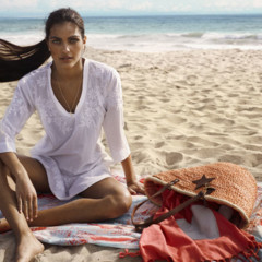 Foto 25 de 28 de la galería let-s-beach-con-textura-caeras-rendida-a-sus-accesorios en Trendencias
