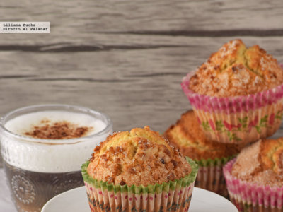 Magdalenas de canela con avellana y harina de maíz. Receta para dar un toque rústico a tu desayuno
