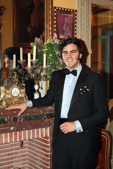 La rutina cosmética de Mario Niebla del Toro, cronista social de ABC Sevilla, Hoy corazón y Escaparate