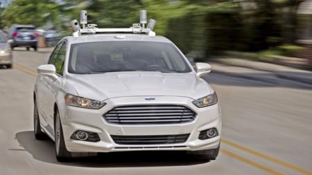 Ford Fusion Hybrid Autonomo 3