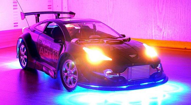 coche-juguete-tuning.jpg