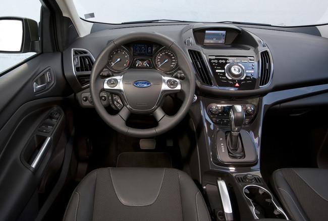 Ford Kuga 2013 vista interior