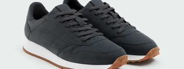 Diez sneakers y zapatillas que pueden ser tuyos en las rebajas de Pull&Bear por 20 euros o menos