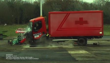 HT2-Matador es el bolardo per-fec-to para destrozar camiones de 7.200 kilos, y este vídeo lo demuestra