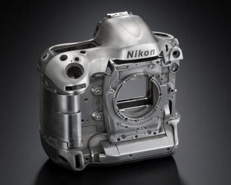 Los mejorables resultados financieros de Nikon provocan una reestructuración de la compañía
