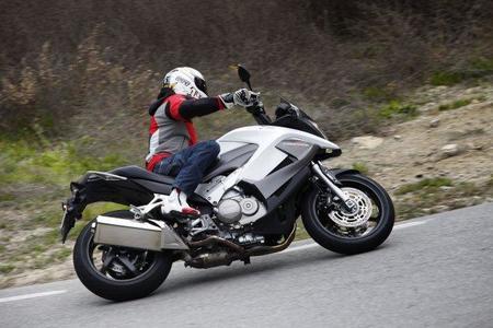 Honda Crossrunner en acción 3