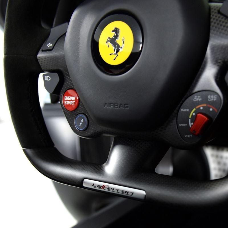 Foto de Ferrari LaFerrari (16/38)