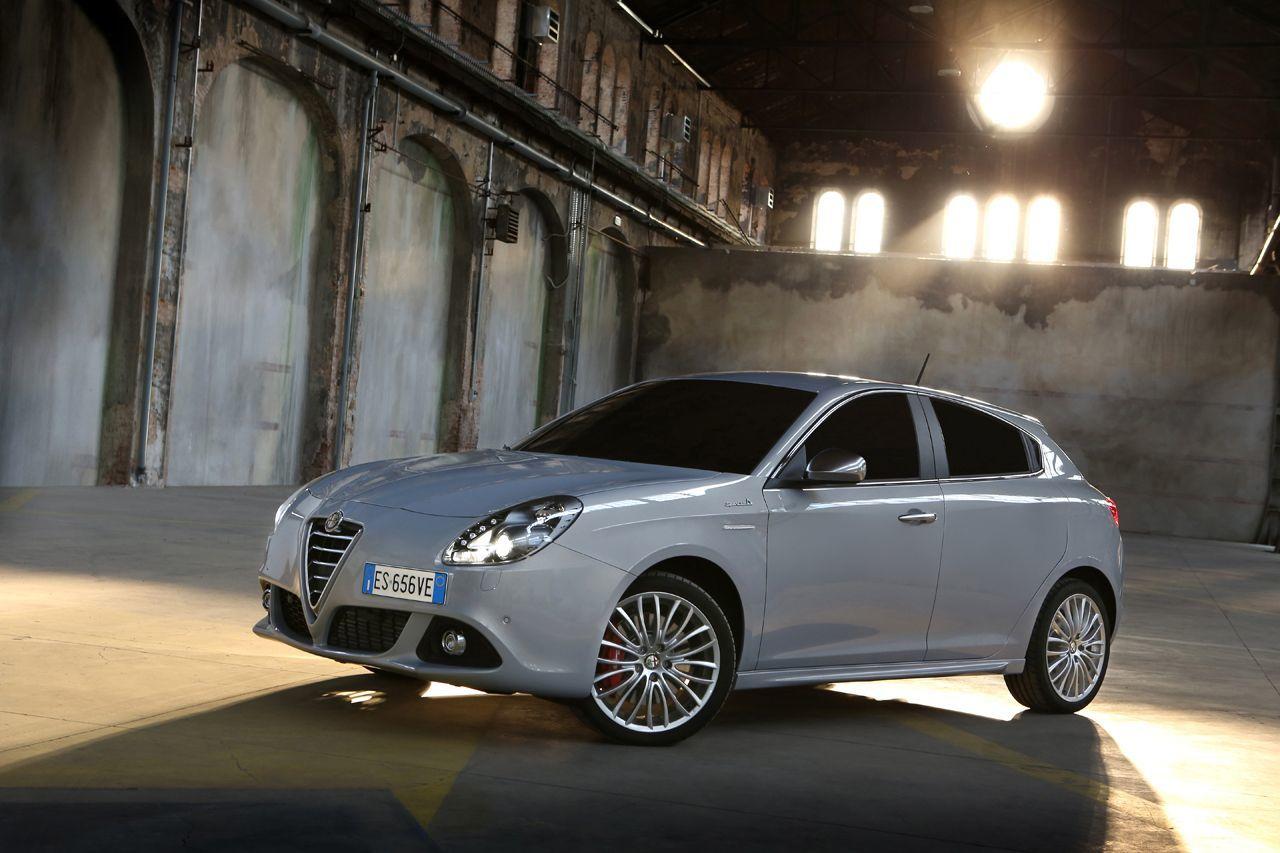 Foto de Alfa Romeo Giulietta 2014 (32/38)