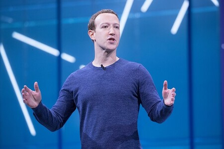 Facebook prepara su propio reloj inteligente, según The Information: integrado en su ecosistema y con funciones de fitness