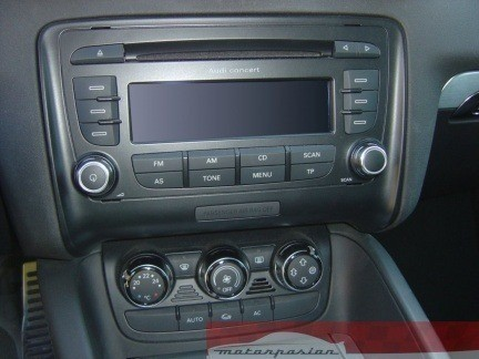 Climatizador y radio CD