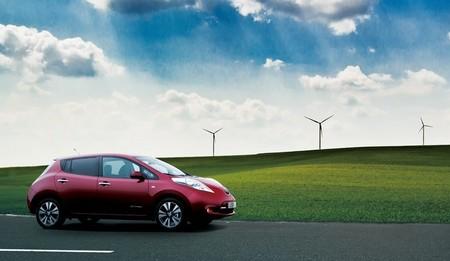Camino de los 100.000 coches enchufables vendidos en Estados Unidos con el Nissan LEAF superando sus ventas de 2013