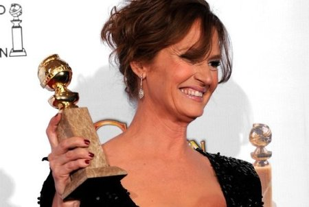 globos-oro-2011-melissa-leo-fighter