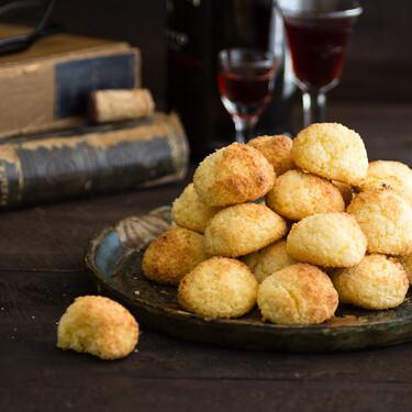 Las recetas de nuestros padres: coquitos, un dulce bocado con tres ingredientes